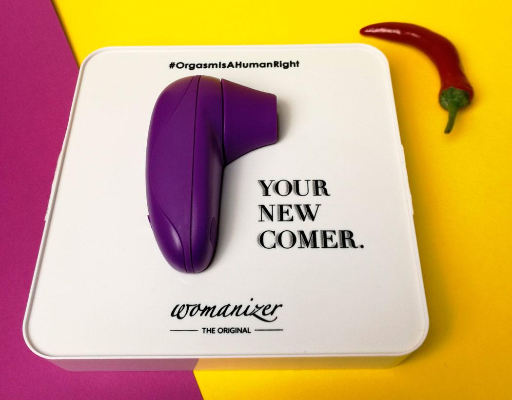 Стимулятор Womanizer Starlet в упаковке
